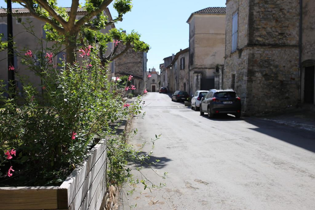 Rue centre village